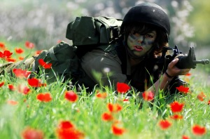 A female Israeli soldier in Unit 669 - search and rescue