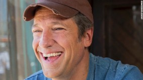 141014111252-mike-rowe-smiling-hat-story-top